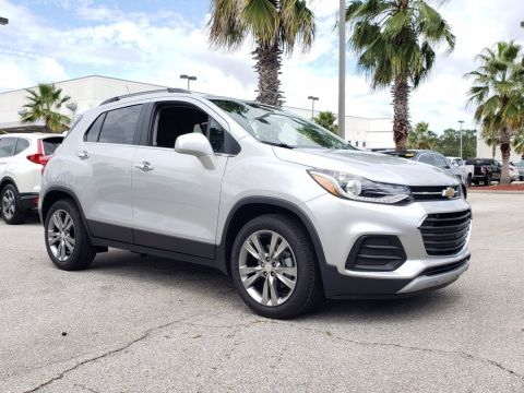New 2020 Chevrolet Trax LT FWD SUVs
